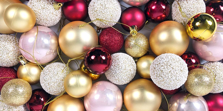 4-elementos-para-decoracion-de-escaparates-para-navidad-pasteleria-papa-noel-rojo-invierno-bolas-diseno.jpg